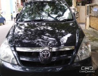 2008 Toyota Innova 2.5 V Diesel 8-seater