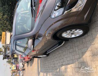 2017 Mahindra XUV500 AT W10 AWD