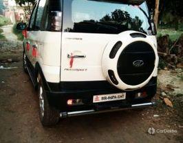 2017 Mahindra NuvoSport N8 AMT