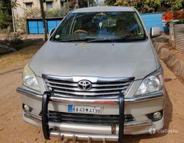 2012 ಟೊಯೋಟಾ ಇನೋವಾ 2.5 ವಿಎಕ್ಸ್ 8 STR BSIV