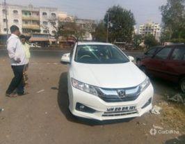 2015 హోండా సిటీ i DTEC విఎక్స్ Option