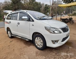 2015 Toyota Innova 2.5 G (Diesel) 8 Seater BS IV
