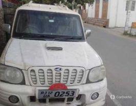 2007 మహీంద్రా స్కార్పియో SLX 2.6 టర్బో 8 Str
