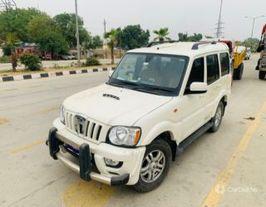2014 మహీంద్రా స్కార్పియో VLX 2WD AIRBAG BSIII