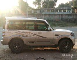 2016 ಮಹೀಂದ್ರ ಸ್ಕಾರ್ಪಿಯೋ ಆಡ್ವೆನ್ಚರ್ Edition 2WD