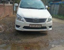 2016 టయోటా ఇనోవా 2.5 జి (డీజిల్) 7 Seater BS IV