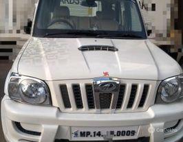 2014 Mahindra Scorpio VLX 2WD AIRBAG SE BSIV