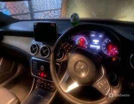 2016 मर्सिडीज जीएलए Class 200