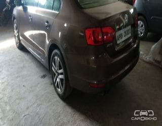 2012 Volkswagen Jetta 2011-2013 2.0L TDI Highline AT