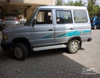 2001 Toyota Qualis GST D2