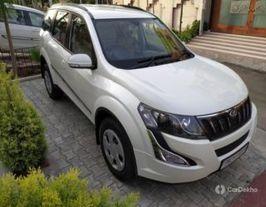 2018 Mahindra XUV500 W6 2WD