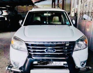 Ford Endeavour 2.5L 4X2 MT