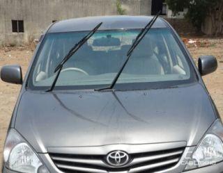 2012 Toyota Innova 2.5 E Diesel MS 8-seater
