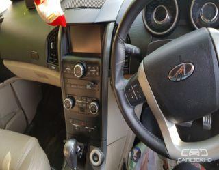 2017 Mahindra XUV500 AT W10 FWD