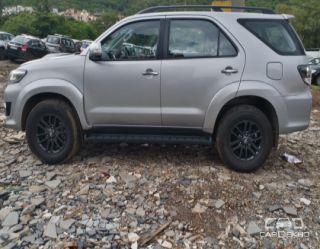 2015 Toyota Fortuner 4x4 MT