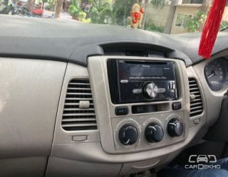 2013 Toyota Innova 2.5 EV (Diesel) PS 7 Seater BS IV
