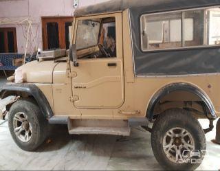 2000 Mahindra Jeep Classic
