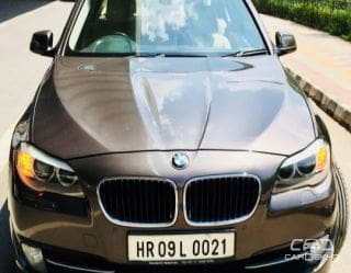 2010 BMW 5 Series 530d Sedan 3.0