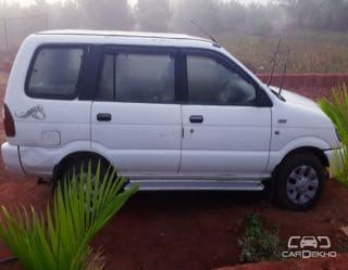 2011 Chevrolet Tavera Neo LS B3 - 10 seats BSIII