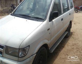 2011 Chevrolet Tavera Neo LS B3 - 10 seats BSII
