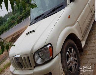 2012 Mahindra Scorpio VLX 2WD AIRBAG AT BSIV