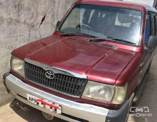 2002 Toyota Qualis FS B2