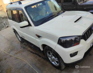 Mahindra Scorpio Intelli Hybrid S10