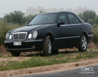 2000 Mercedes-Benz E-Class 230 E AT
