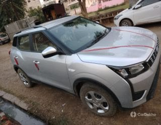 Mahindra XUV300 W6 AMT Diesel BSIV