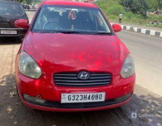 Hyundai Verna Xi (Petrol)