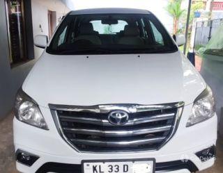 Toyota Innova 2012-2013 2.5 G (Diesel) 8 Seater BS IV