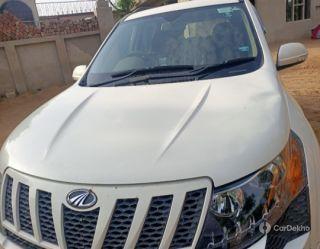 Mahindra XUV500 W8 AWD