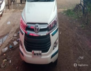 Toyota Innova Crysta 2.7 VX MT BSIV